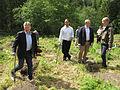 Ministere planter skog - Flickr - Landbruks- og matdepartementet.jpg