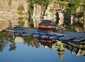 Floating dock (jetty) - Image: Mohonk Mountain House 2011 Boat Dock Against Reflection of Cliff FRD 3029