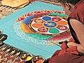 Moine tibétain réalisant un mandala, Pagode du bois de Vincennes, 2013.jpg