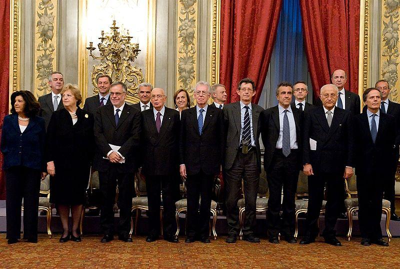 Monti-bis. Giorgio Napolitano, Mario Monti e la sua squadra di tecnici