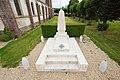 Monument aux morts rue de Verdun à Saint-Jacques-sur-Darnétal.jpg