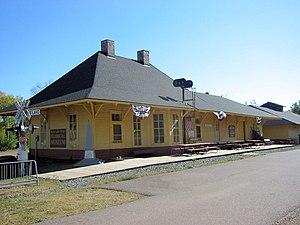 Minneapolis, St. Paul and Sault Ste. Marie Depot (Moose Lake, Minnesota) - Image: Moose Lake Soo Depot 1
