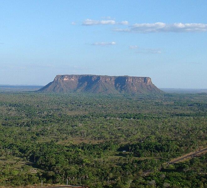 Ficheiro:Morro do chapeu (cropped).jpg