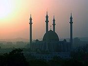 Abuja National Mosque. Photo taken during Harmattan.