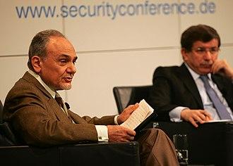 Turki bin Faisal Al Saud - Prince Turki and Turkey's Foreign Minister Ahmet Davutoğlu at the Munich Security Conference, 2010