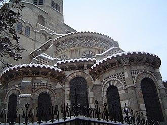 Basilica of Notre-Dame du Port - Chevet under snow