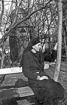 Univerzitetska galerija: Mati Ana Adžić (1900-1975) - duhovno čedo Vladike Nikolaja Velimirovića
