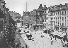 c647d6d5c0dca3 Die Neubauten von 1891 in einer Ansicht aus dem Jahr 1900. Kaufhaus  Oberpollinger ...