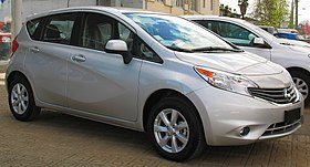 Nissan Note 1.6 Advance 2014 (cropped).jpg