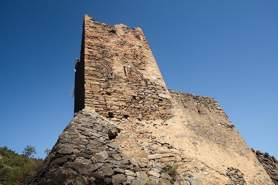 Château de la Roca d'Anyer, vestiges du Xème siècle