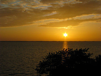 Outer Banks - Sunset over the Currituck Sound in Duck (2009)
