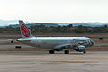OE-LEB Airbus A320 Niki VLC 18-aug-2014 02.jpg
