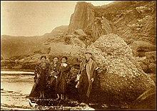 OKINAWAN GIRLS.jpg