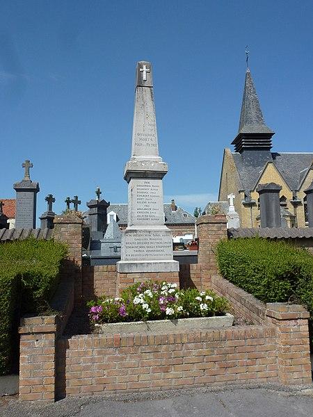 Offekerque (Pas-de-Calais) monument aux morts