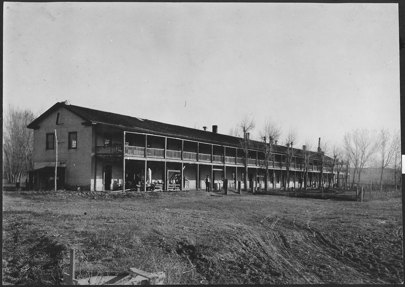 File:Old Fort Laramie - NARA - 294440.tiff