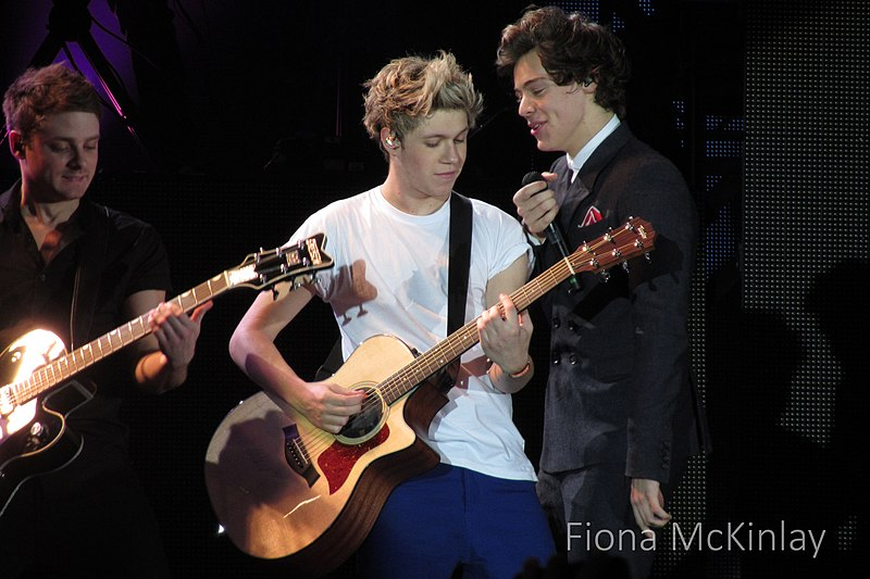 File:One Direction, SECC, Glasgow 9.jpg