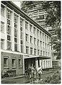 Ontruiming van de Dermatologische Kliniek van het Academisch Ziekenhuis Groningen, na steigerongeluk bij Vrouwenkliniek — 2290 0047.jpg