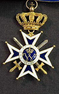 Order of Orange-Nassau Commander Cross 001-4.jpg