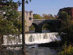 Otter Creek (Vermont) - Otter Creek Falls in Middlebury