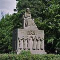 Overzicht Koningin Emmamonument, voorzijde - Amsterdam - 20362363 - RCE.jpg