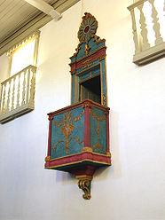 Púlpito da Igreja de Nossa Senhora do Rosario e São Benedito.jpg