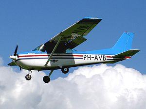 PH-AVB Cessna F172P.JPG