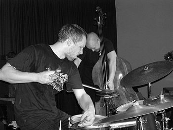 English: Jazz-drummer Paal Nilssen-Love in con...
