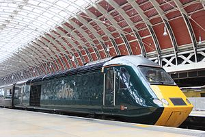 Paddington - GWR 43187 in platform 9.JPG