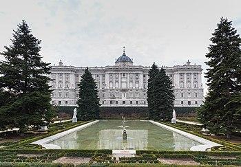 Sabatini gardens wikipedia - Jardines palacio real madrid ...