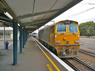 New Zealand EF class locomotive - EF Class backing onto a Wellington to Auckland train, March 2007.