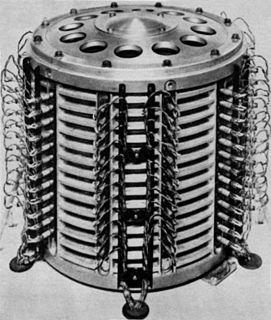Drum memory Magnetic data storage device