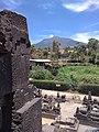 Pemandangan Gunung Merapi dari Candi Lawang.jpg