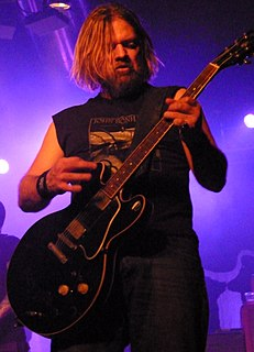 Pepper Keenan American vocalist and heavy metal guitarist