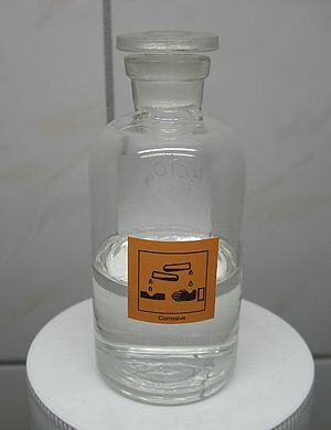 Perchloric acid - Image: Perchloric acid 60 percent