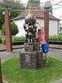Perhelion am Wikipedia-Denkmal.jpg