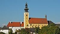 Pfarrkirche und Pfarrhof Münzbach.jpg