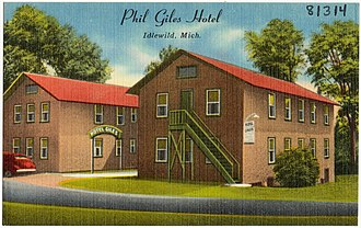 Lake County, Michigan - Image: Phil Giles Hotel, Idlewild, Mich (81314)