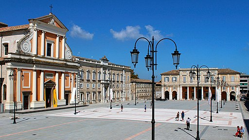 Piazza Garibaldi, Senigallia