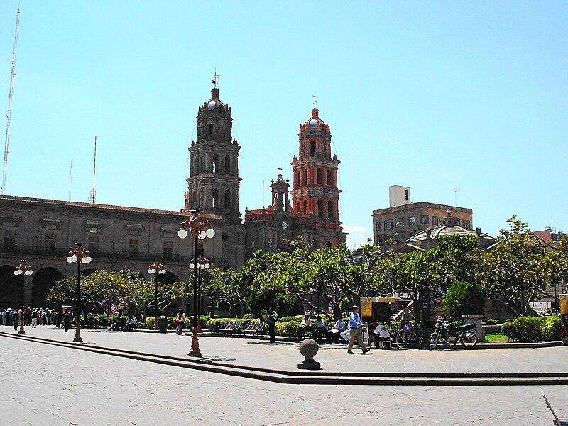 Aquí vivo yo: SAN LUIS POTOSÍ - Página 2 800px-Plaza_de_Armas.
