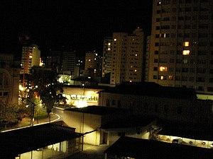 Poços de Caldas - Image: Poços de Caldas a noite