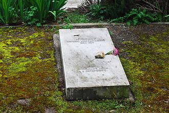 Yevgeniya Mravina - Mravina's grave in the Polikur memory cemetery in Yalta, Crimea
