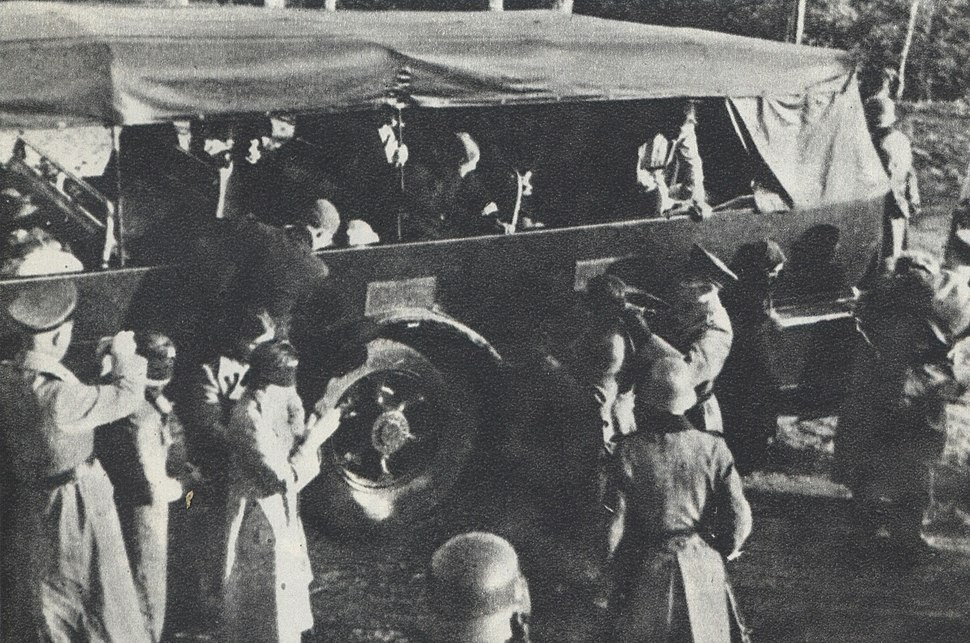 Polish Hostages preparing in Palmiry by Nazi-Germans for mass execution 2
