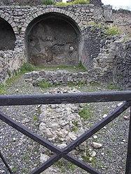 Pompeii shop.jpg
