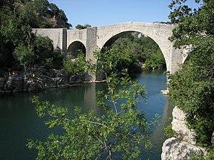 Brissac - The St-Étienne d'Issensac Bridge