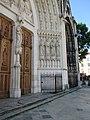 Portail de la basilique Saint Epvre de Nancy - partie droite.jpg