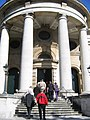 Portico of St Paul's - geograph.org.uk - 922074.jpg