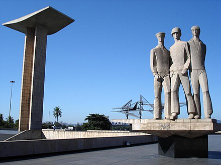 The Monument to the dead of World War II commemorates Brazil's participation and losses in the Second World War Pracinhas-CCBY.jpg