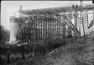 Line 2 Bloor–Danforth - Construction of the Prince Edward Viaduct in 1916, whose lower deck now carries the Bloor-Danforth line
