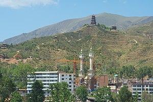 Huangyuan County - Image: Qinghai.Huangyuan xian mosques
