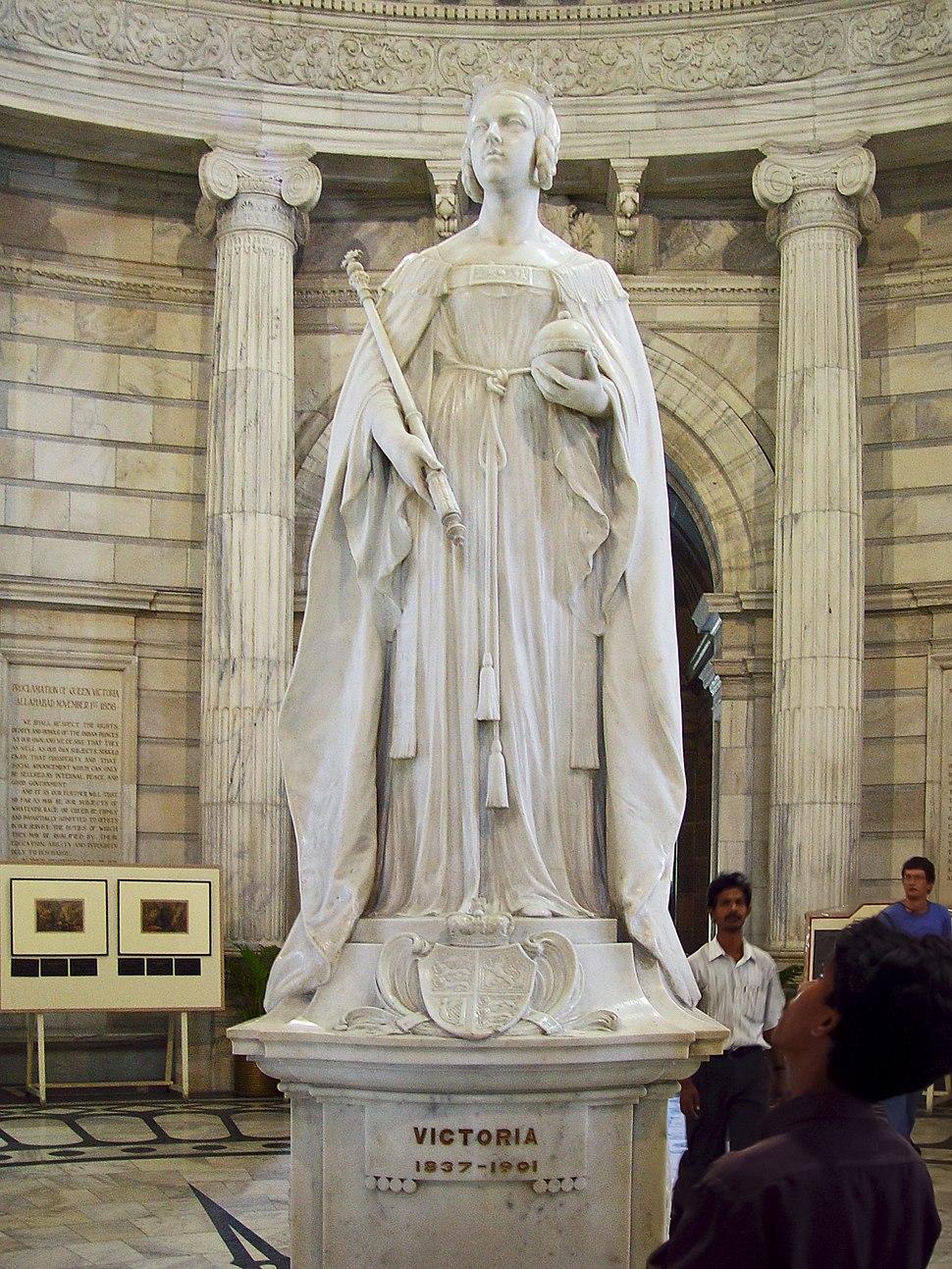 Queen Victoria's statue inside the memorial in Kolkata